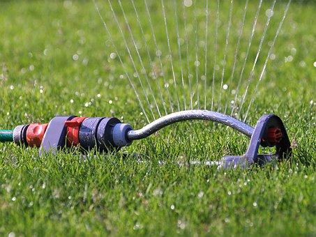 Impianti di irrigazione in giardino: come valutare e scegliere